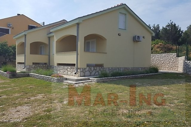 House, 134 m2, For Sale, Novigrad