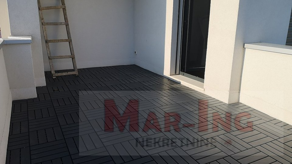 House, 257 m2, For Sale, Zadar - Višnjik