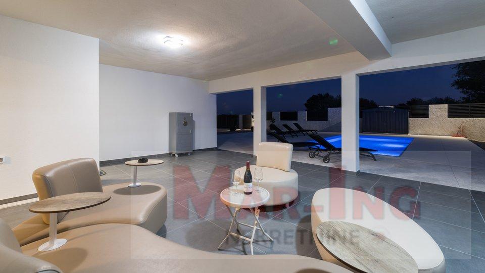 Haus, 245 m2, Verkauf, Posedarje