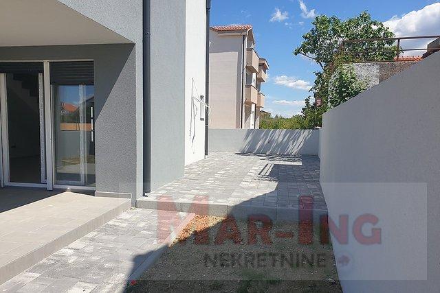 Apartma, 86 m2, Prodaja, Vrsi