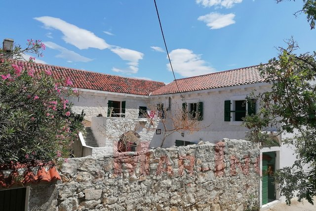 House, 225 m2, For Sale, Zadar-okolica - Silba