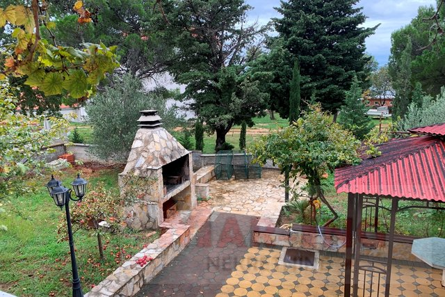 House, 252 m2, For Sale, Starigrad