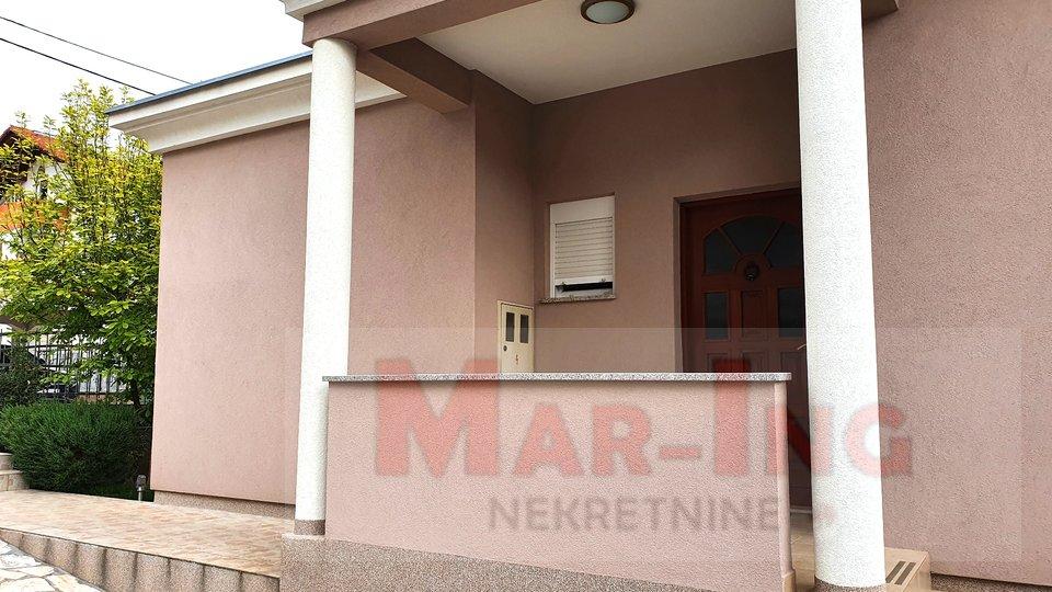 House, 199 m2, For Sale, Zadar - Bulevar