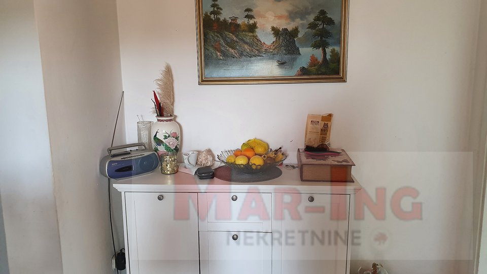 House, 320 m2, For Sale, Ražanac