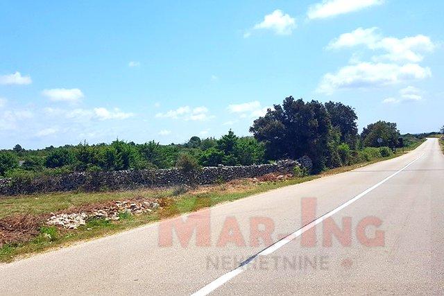 Land, 651 m2, For Sale, Vrsi