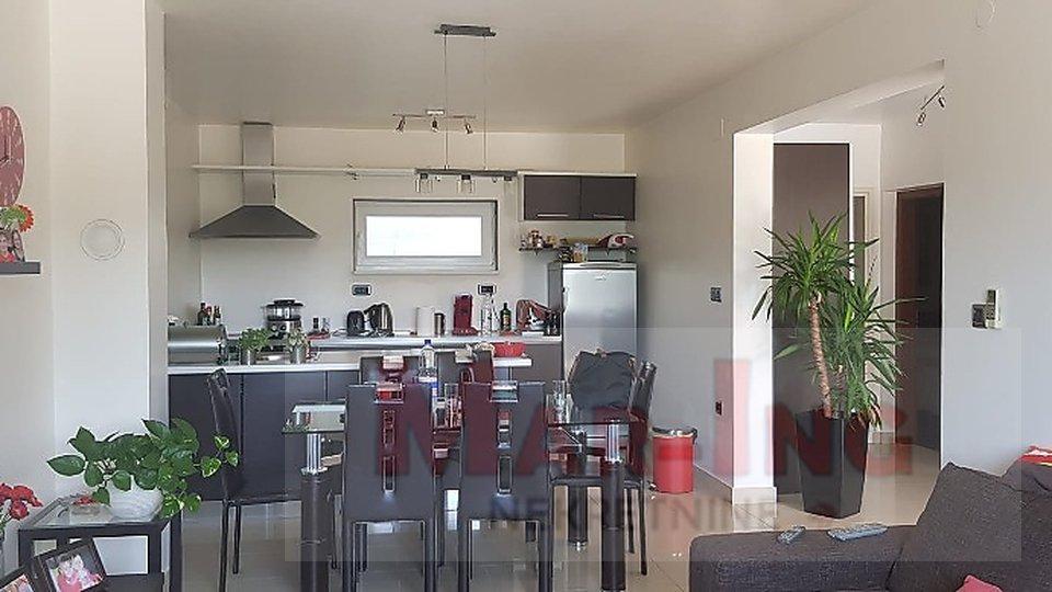 KRUŠEVO moderna kuća sa 2 stana i novogradnja SNIŽENA CIJENA!!!